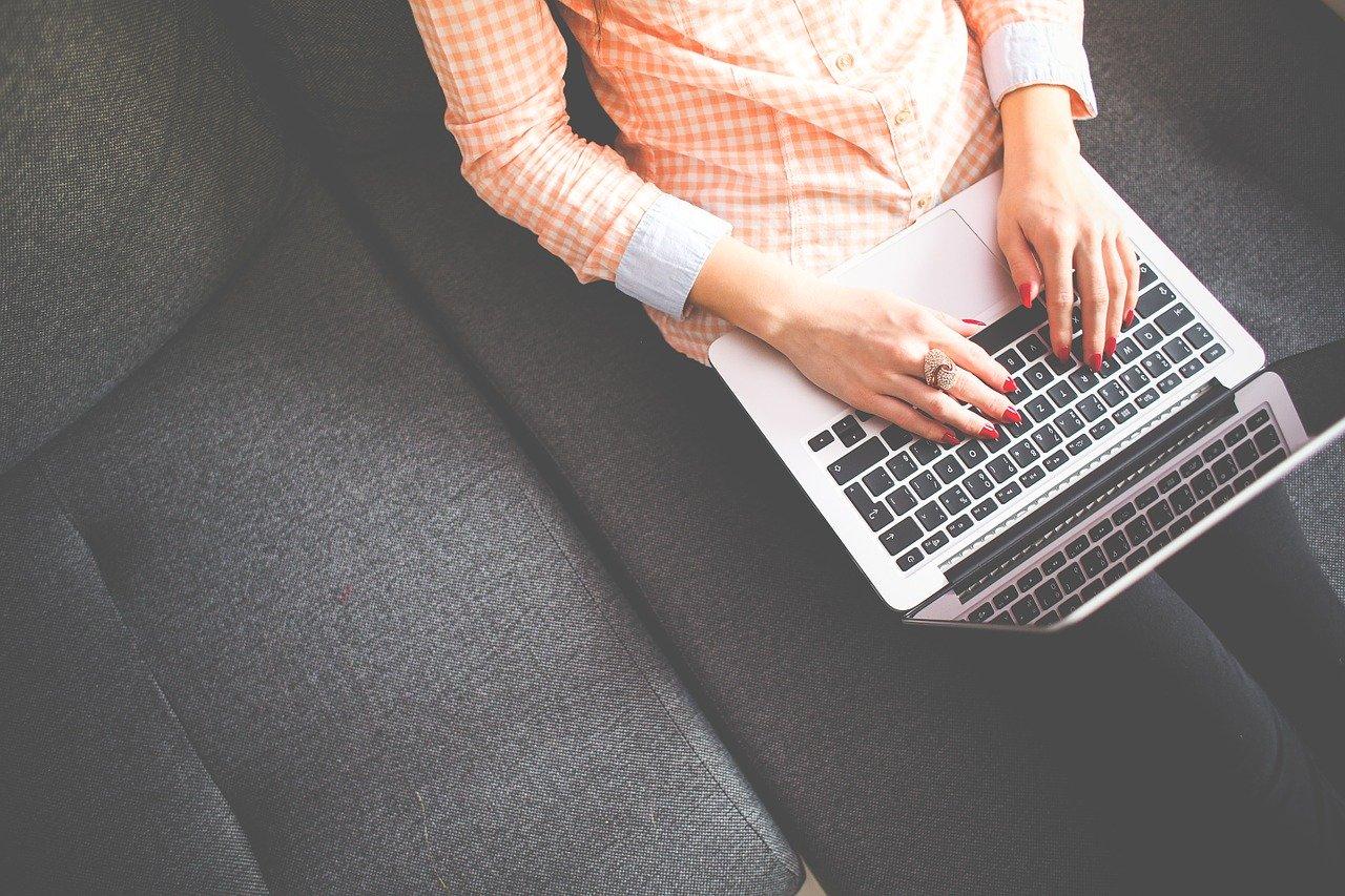 Quelles sont les qualités essentielles d'un bon rédacteur web ?